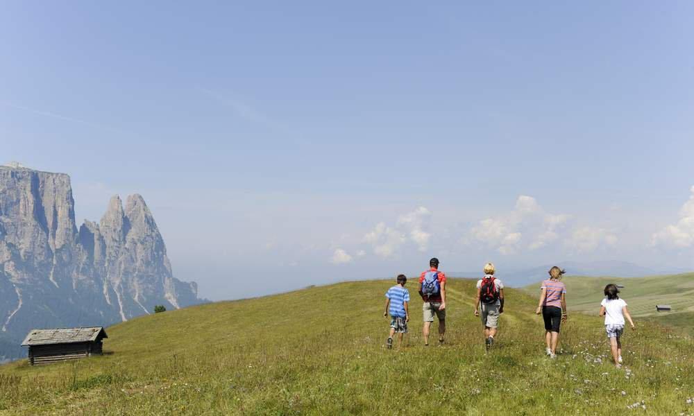 Auf in die Berge: Entdecken Sie die Geschichte, die Welt der Sagen und geologische Besonderheiten